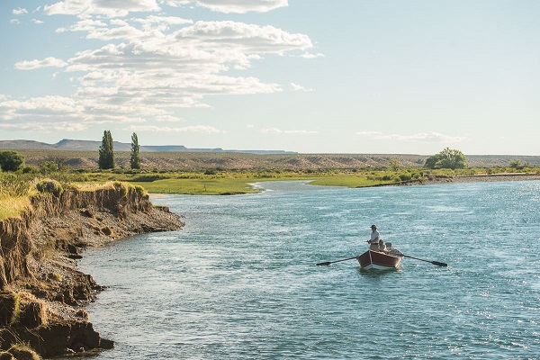 Patagonia_Outfit_Limay_river_1