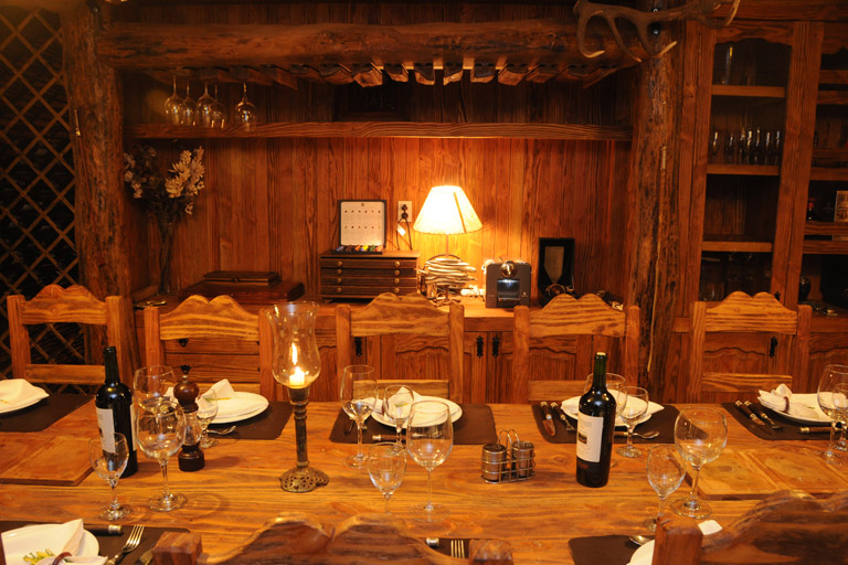 cp_lodge_table